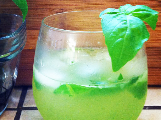 basil and mint mojito