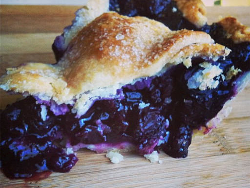 blueberry lavender pie