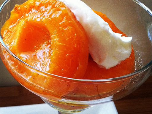 poached apricots in vanilla syrup
