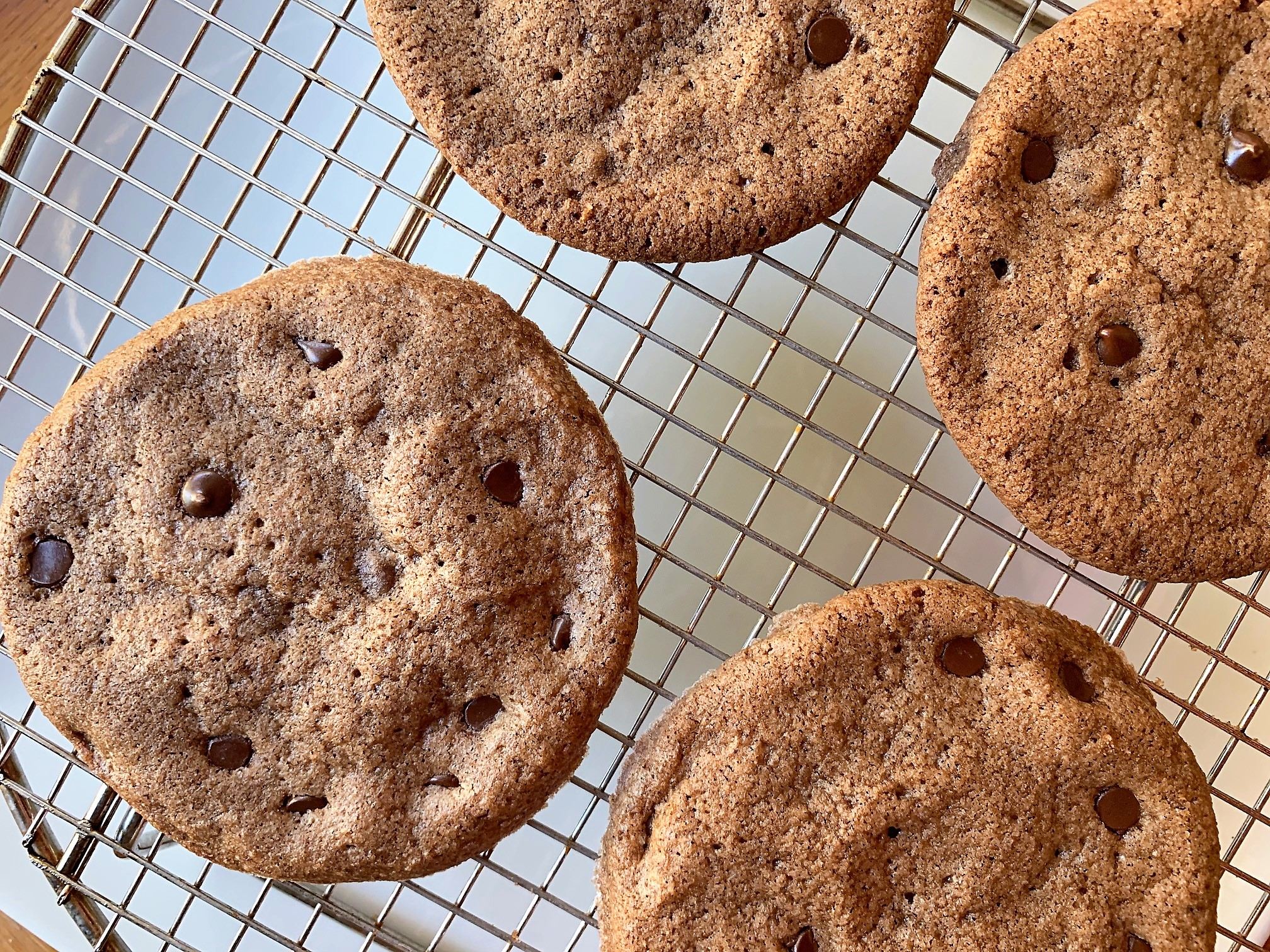 thin and crispy chocolate chip cookie